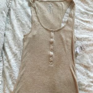 Gold tank with gold sparkles